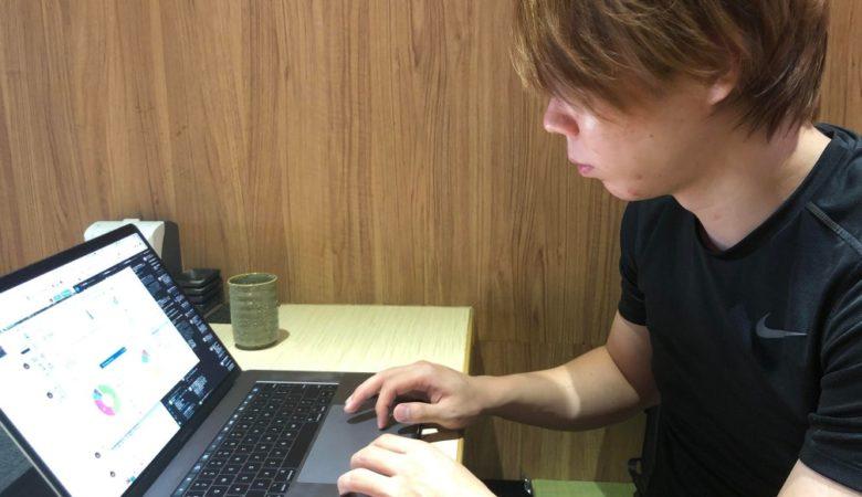 【密着レポ】超ストイック!20代で3,000万円稼ぐmanablog-マナブ-さんの1日【素顔】