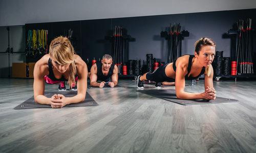 筋トレ好きが5分で筋肉痛に!腹筋を鍛えたい女性はCXWORXを体験すべし!